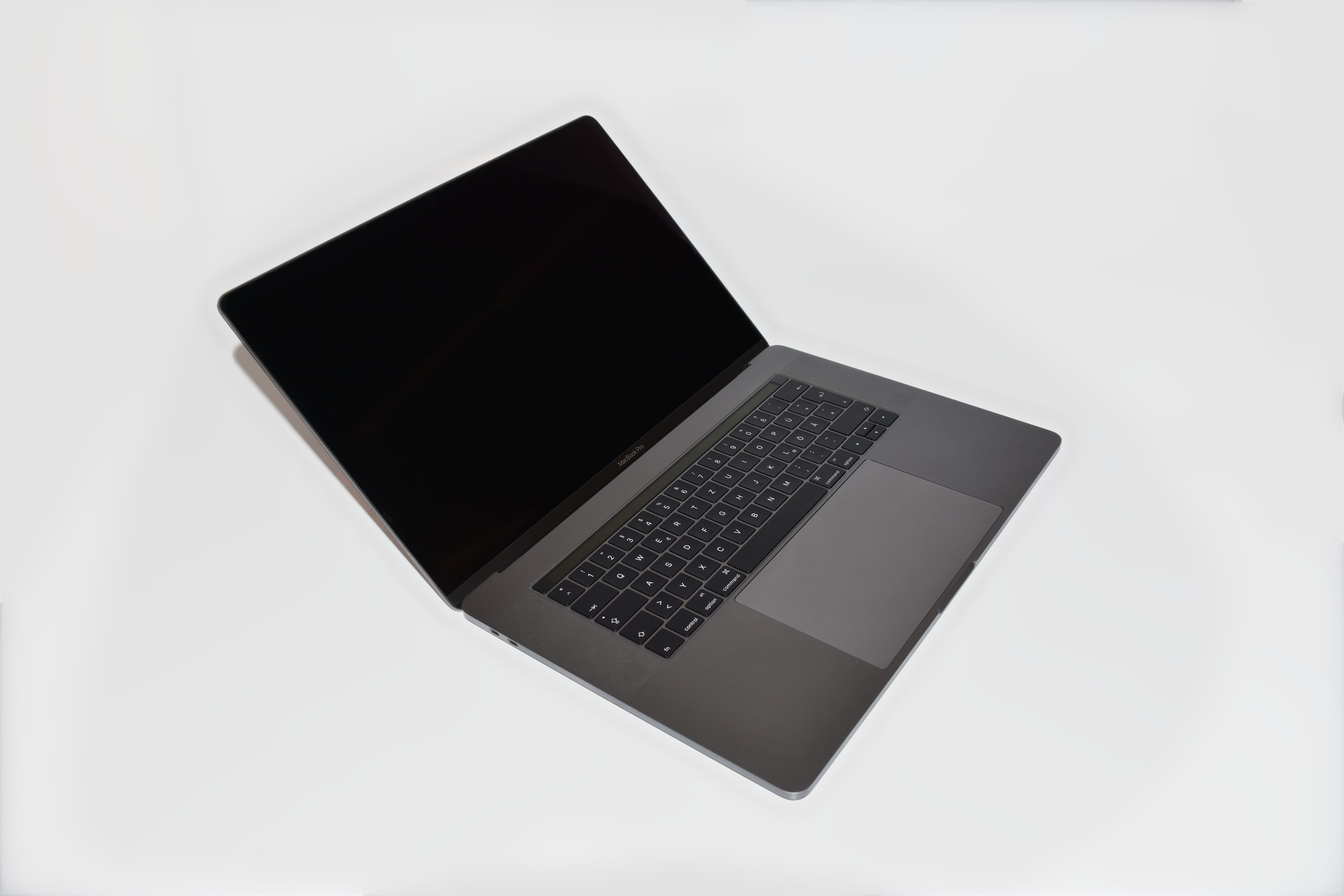MacBook_Pro__programming-laptop
